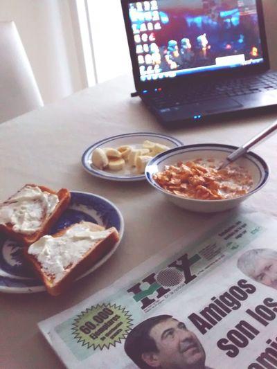 Desayuno en casa... Desayuno Zucaritas