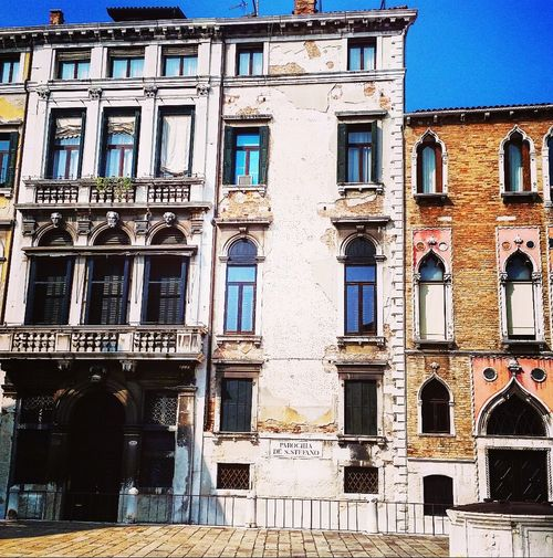 AndjelaMancic First Eyeem Photo EyeEm Best Shots EyeEm Gallery Architecture Vintage Italy Venice Old Buildings