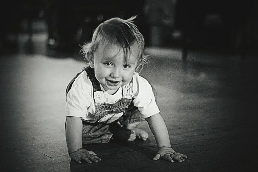 Baby Toddler  Crawling Infant Black & White Grainy Learning Growing Popular Photos EyeEm Best Shots Beginnerphotographer Black And White Photography Enjoying Life Child Children