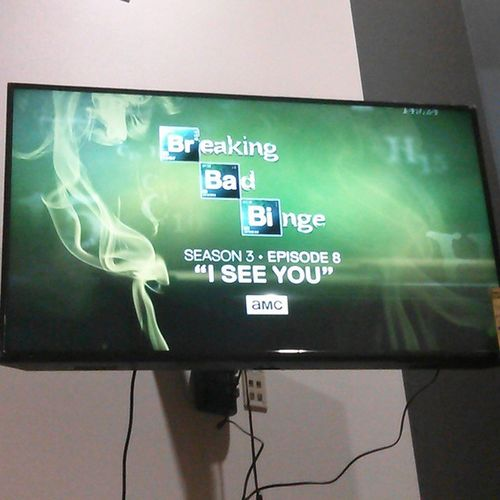 Hooray! Breakingbad Binge on AMC! Now I can see what I missed! I only got to season 3 on netflix like two years ago. Workishard Heisenberg Yeahbitch !