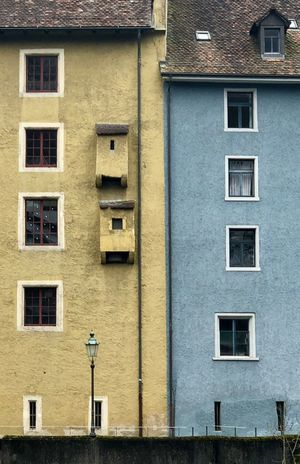 EyeEmNewHere Blue Yellow Two Colours Building Exterior Architecture Window Built Structure Outdoors Day No People Residential Building City EyeEmNewHere EyeEm Ready   EyeEm Ready
