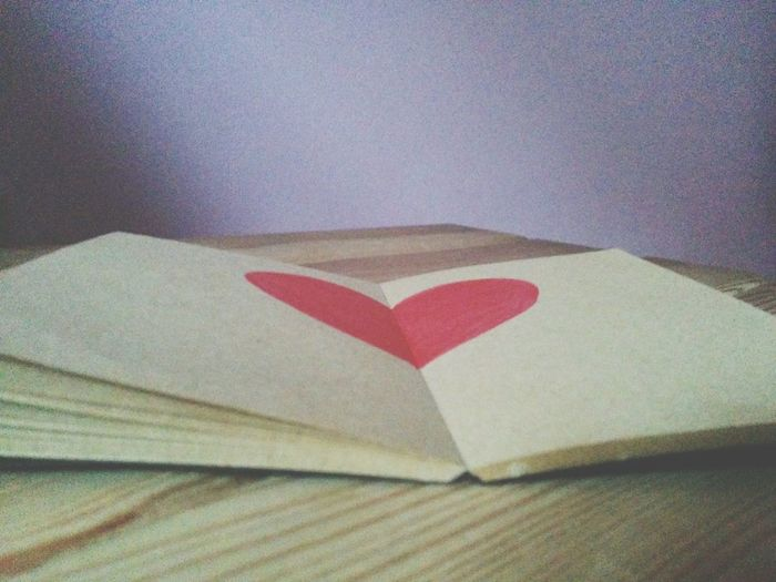 Single As A Pringle View From Above Drawn Heart My Heart Is Safe With Me❤ Pinkness Books ♥ Booklover Notebook Notebook Art Solitude Hopeless Drawmylife
