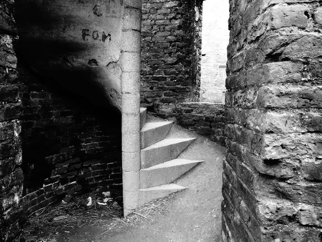 No People Architecture Light And Shadow Slains Castle Cruden Bay EyeEmNewHere Mystery Place EyeEm Best Shots Lost Souls  Mystery Travel Destinations Mystical Lost Souls  Scotland History Ancient Civilization Architecture Scottish Highlands Built Structure Spirituality Skulptur Mystic EyeEm Selects Ruined House Ruins Of A Past Discover Berlin Black And White Friday The Architect - 2018 EyeEm Awards