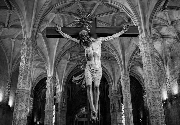 Arch Architecture Built Structure Architectural Column Low Angle View History Religion Place Of Worship Spirituality Belief Gothic Style Cross Jesus On The Cross Jeronimos Monastery
