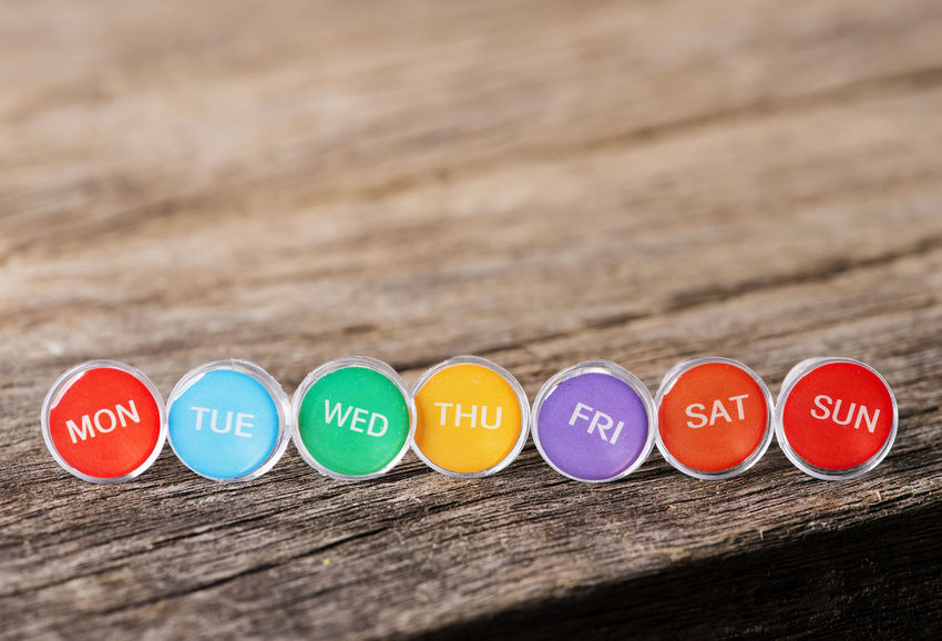 Push Pin Weekday in arrangement Button Up Copy Space Date Friday Monday Organizer Planning Tuesday Calender Close-up Communication Day In A Row Indoors  No People Push Pins Red Saturday Selective Focus Text Thurdsday Variation Wednesday Weekly Eyeem Wood - Material