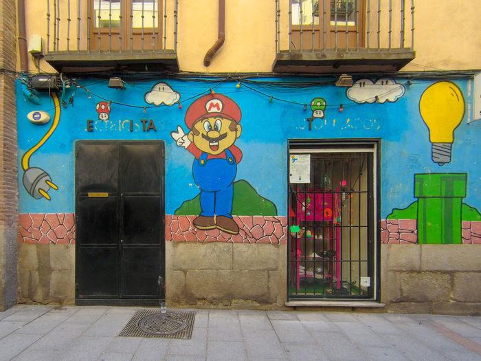 Super Mario on