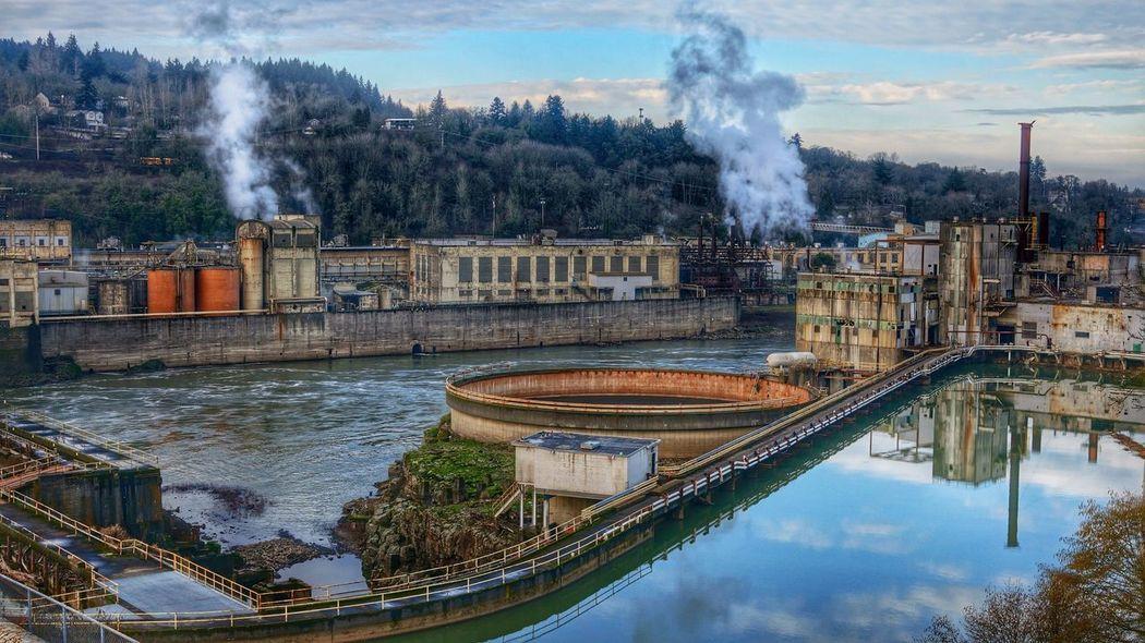 Oregon City Oregon Willamette River  HDR Hdr Edit Cityscapes Landscape Sony Nex5r Snapseed Edit