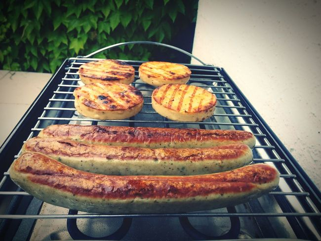 Bratwurst Grillkäse Sausages Käse Wurst Barbecue Grillfest Party Elektrogrill