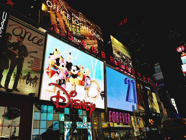 Portrait Of America Disneystore New York Forever21 TimesSquare