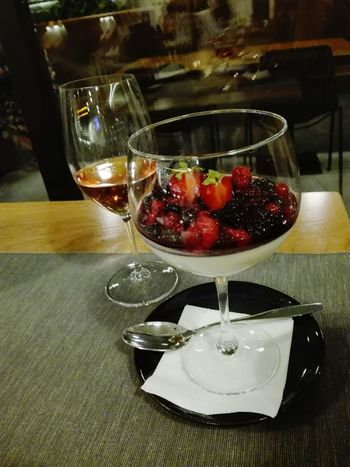 Food And Drink Indoors  Fruit Freshness Food No People Preparation  Dessert Healthy Eating Sweet Food Ready-to-eat Wineglass Close-up Day Wine Wine Moments Wine Glass Panacota Paint The Town Yellow Premium Collection EyeEm Premium Collection Eyeem Premium Food Stories
