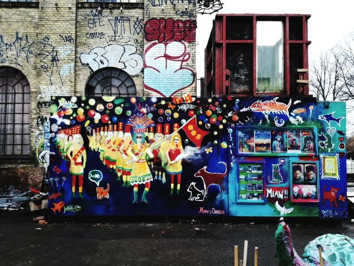 Freecity Cristiania Multi Colored Street Art Graffiti Art And Craft Architecture Building Exterior