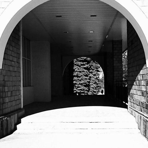 Mobilephotography Streetphotography Streetphoto_bw Urban Geometry Light And Shadow Blackandwhite