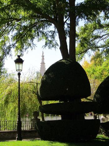 Church Tower Kirchturmspitze Kirchturm Stadt City Park Life Burgos SPAIN Spanien Outdoors No People Street Light Tree Bench Shadow Schatten Park - Man Made Space