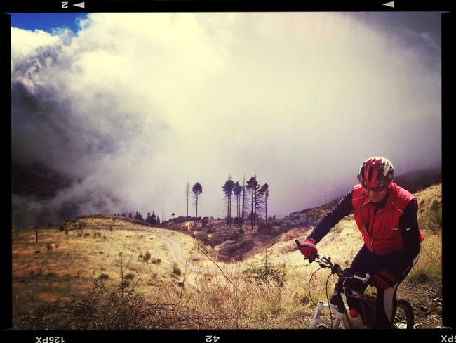 Mountainbiking Con Worldactivesports.com