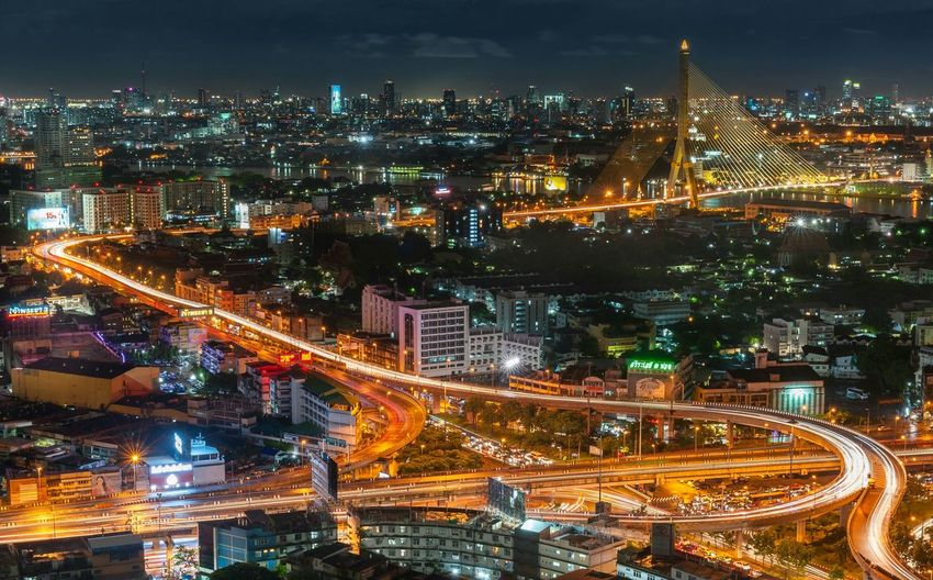 Arun Amarin Intersection Bangkok Thailand. Long Exposure Landscape Cityscapes Nice View Beam Outdoors Blackground Traffic Jam Street City Street Art Street Photography Streetphotography