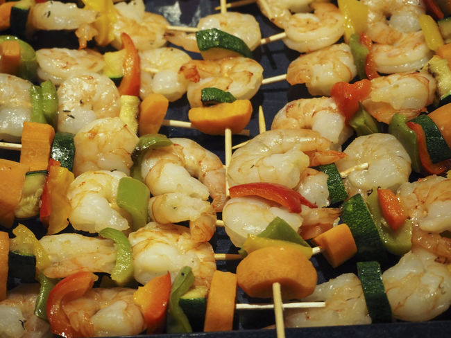 Food Food And Drink Freshness Garnele Healthy Eating No People Ready-to-eat Shrimp Skewer Spiess Vegetable