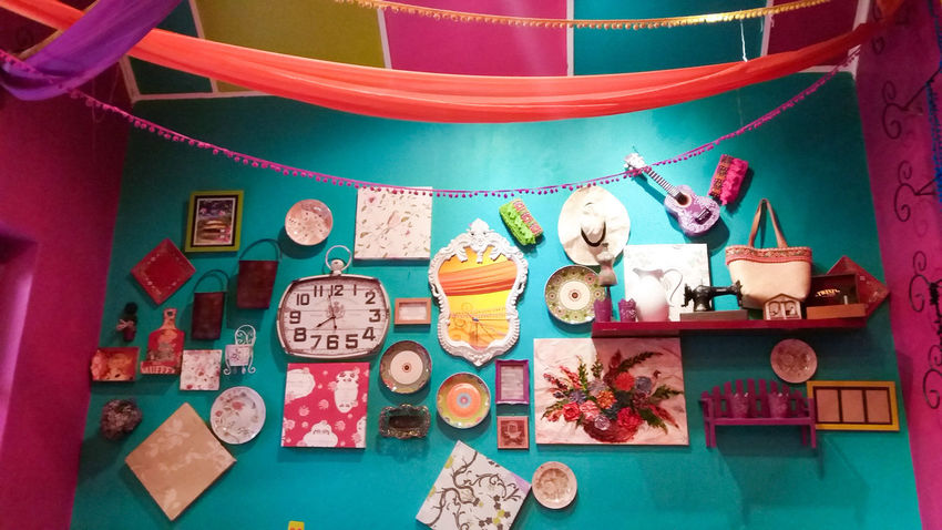 Colour Of Life Bohemian Chic Roomdecor Roomdecoration Vintage Eyeem Market Eyeemmarket EyeEm Cafe Places EyeEm Gallery Colorful