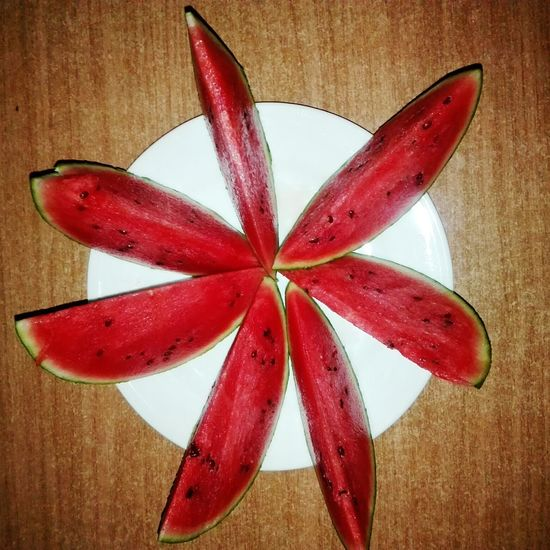 Red Star Shape Christmas Celebration No People Shape Tied Bow Table Close-up Indoors  Christmas Decoration Maroon Day Sandia 🍉 Food And Drink Freshness Healthy Eating Fruit