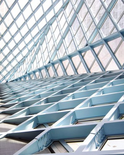Emptyness Postmodern Architecture Postwar Architecture Seattle Public Library Architectureporn Library Building Library Rem Koolhaas Contemporary Architectural Feature Diagonal Built Structure Architecture Pattern Metal No People Day Indoors  Sunlight Roof Modern Design