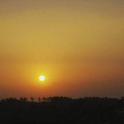 Japan Miyazaki Morning Airport Sunrise_sunsets_aroundworld Sun Goodmorning Helloworld Start Horizon Beautifulsky