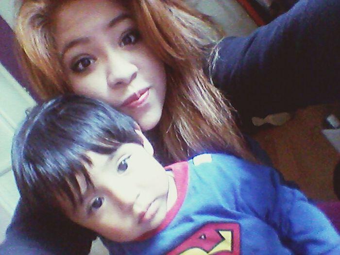 con mi pequeño superman :3