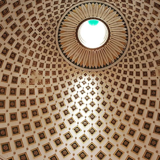 Pattern Indoors  Architecture Directly Below Dome Low Angle View Cupola No People Architecture And Art Day