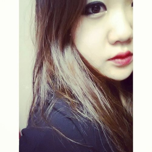 Rubies on the lips ☆Motivesruby Selca Korean Koreangirl asian asiangirl 얼짱 셀카 한국인 ulzzang uljjang instagood instamood beauty style selfie fotd