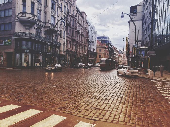 Building Exterior Built Structure Architecture City Street Water Sky Outdoors Transportation Cobblestone Day Land Vehicle Dome No People