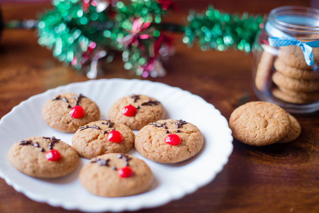 Cookie Christmas Sweet Food Christmas Decoration Celebration Food Brown Food And Drink Dessert Gourmet Beauty Red Winter Multi Colored No People Close-up Day Outdoors