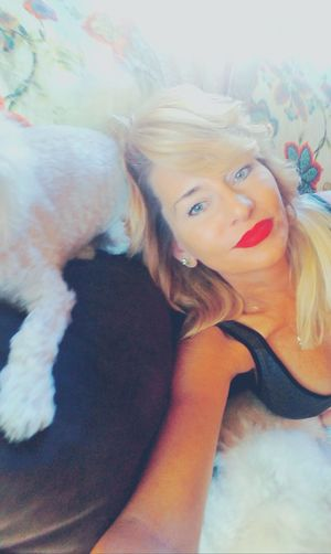 One Woman Only Sultry Selfie Human Eye Thoseeyes Say It Without Words My Weekend In Pictures❤ Puppy Love ❤ Time To Escape Relax&Stay Calm Photos With My Love Enjoyment Theyarethecutest SaturdaySelfie Is What I Need.  Just Being Me Is All You Need Healinghearts Little Things Lights And Shadows Close-up Softlight