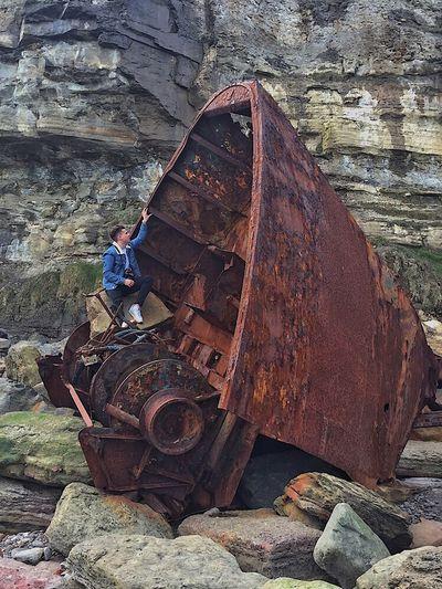 Robinhoods Bay Shipwreck Rust Rustyphotography Yorkshire Yorkshirecoast Fishingboat Cliffs Rocks Sea Exploring Treck Adventure Abandonded Roam Roaming Roamingourearth