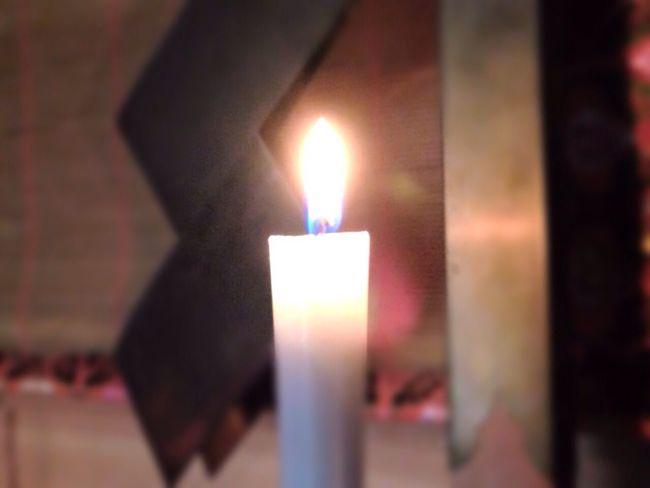 Praying 祈り Candle