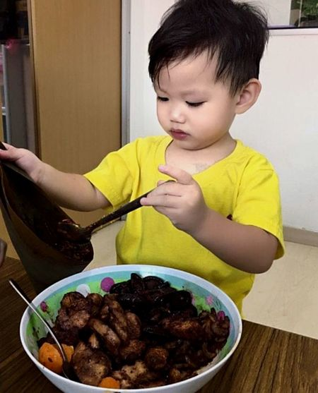 Chinese Dumpling Childhood Food And Drink Food Child One Person Table The Portraitist - 2019 EyeEm Awards Real People Indoors  Innocence Front View Bowl Males  Cute Lifestyles Freshness Kitchen Utensil Holding