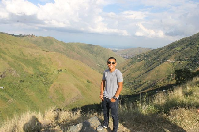 Cali, Colombia. EyeEmNewHere Hiking Leisure Activity Portrait Scenics Beauty In Nature Outdoors Grass Standing Front View Happiness Looking At Camera Lifestyles Cloud - Sky Landscape One Person Sky Nature Real People Smiling Casual Clothing EyeEmSelect Cali CALI COLOMBIA Colombia