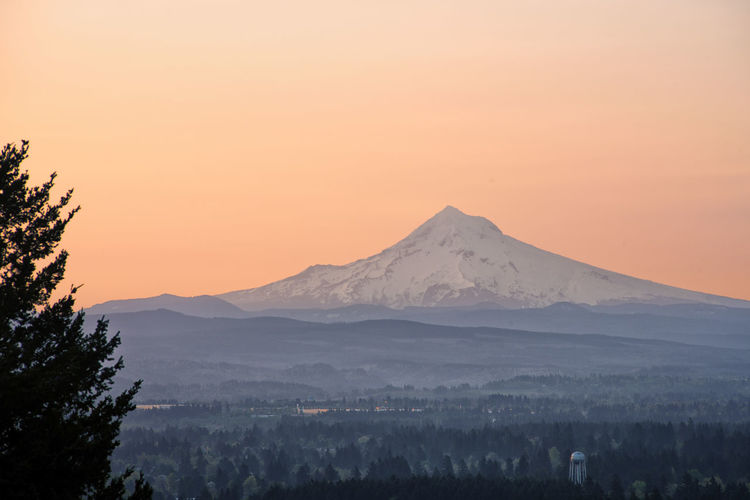 Mount Hood Mountain View Portland, OR Snow Capped Mountains Mountain Mountain Peak Mountain Range Rocky Butte Sunrise