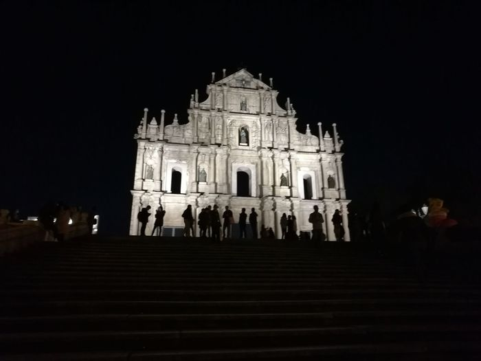 Silhouettes at Play HuaweiP9 Historical Building Cultures Silhouette Travel Destinations Leicagraphy Leicaexplorer Sihouette  UNESCO World Heritage Site Macau China Nightphotography Skyline Low Angle View Statue Architecture Sculpture Religion Night Illuminated Outdoors City