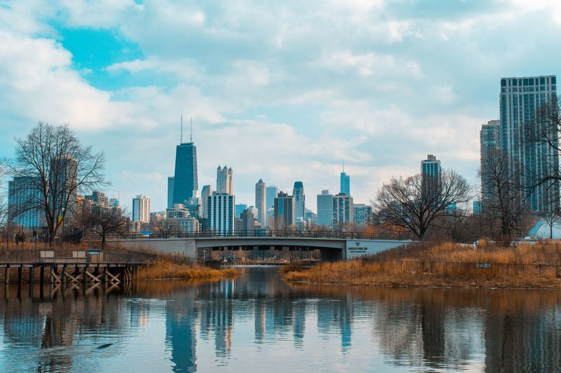 Chicago Chicago Skyline Winter Lake Lake Shore Autumn Autumn🍁🍁🍁 Chicago, Illinois Lincoln Park Autumn colors Chicago Illinois City Cityscape Urban Skyline Modern Skyscraper Downtown District Reflection Sky Architecture Building Exterior Tall - High Building Story