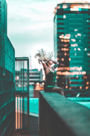 Women One Person Real People Lifestyles Leisure Activity Young Adult Young Women Standing Architecture Indoors  One Woman Only City Day Adult Adults Only People The Week Of Eyeem