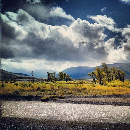 Fall Storm Lamarvalley Yellowstonenationalpark livingbozeman