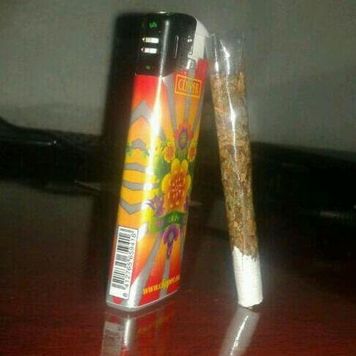 Weed Marijuana Fumando Hierba ;) Smoking Weed