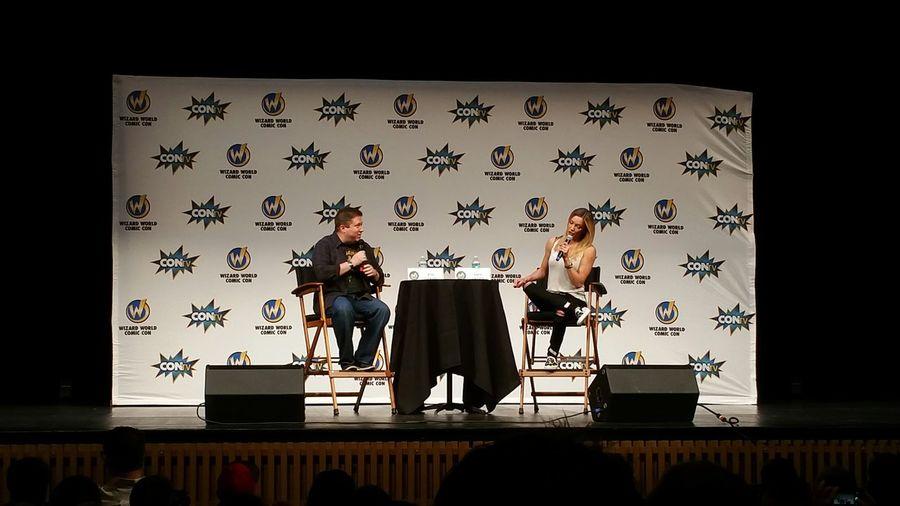 Katie Cassidy panel Black Canary Arrow Conlife Wizard World Sacramento 2015