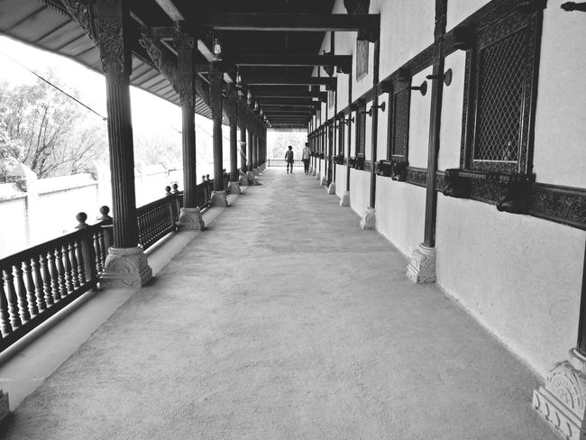 Built Structure Architecture The Way Forward Indoors  Adult One Person Deepphotos Deep Concept Blackandwhite Lobby Entrance Oldies Indoors  Full Length Roughfloor Temple EmNewHere EyEm New Here Eyem Gallery Eyem Best Shot Eyemphotography Eyem Eyem Best Shots EyeEmNewHere Popular Photos The Secret Spaces