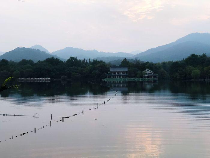 远黛青山 Water