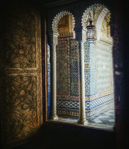 Andalucia, Spain Sevilla EyeEm Window Seville Fountain Culture Art Monument Photography España Arabic Old Buildings Besttimeoftheday Photography Photo Eyembestshot Medieval Hello Goodmorning Photographylovers Armony Eyembestshot Peacefull Showcase March