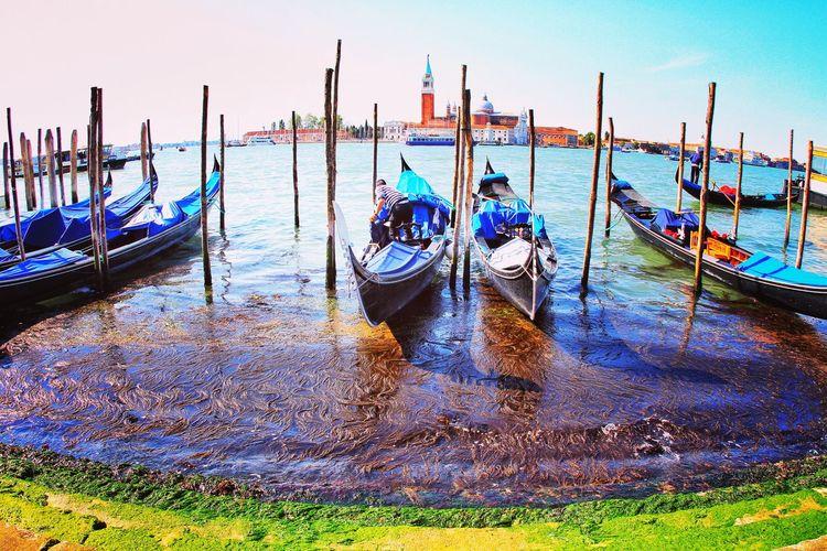 Landscape Landscapephotography Canon Travelineurope Italy Italia Italy❤️ Italy🇮🇹 Venice Venice, Italy Venice Beach Gondola - Traditional Boat Water Nautical Vessel Sea Moored Cultures Sky Horizon Over Water Waterfront Venetian Lagoon