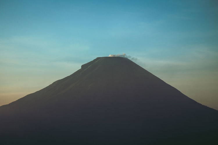 Gunung Sindoro Gunung Sundoro Mount Sindoro Dieng Wonosobo Jawa Tengah Central Java Indonesian Mountain Sikunir