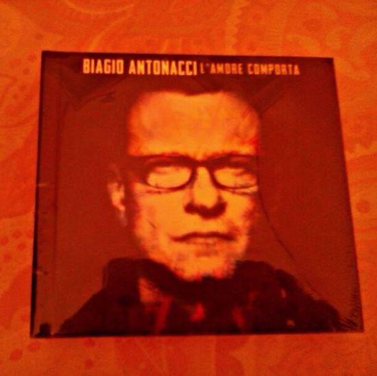 Tkx so muc for present from Itali, damn really LoVe Biagio Antoneci ;) Hello World Present Biagio Antonacci