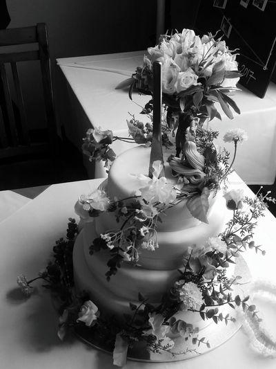 Wedding Wedding Photography Weddingcake Blackandwhite Photography Close-up Decoration With Flowers Buitifull