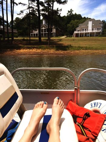 A short trip to relax in the sun! Memorable moment in the cancer journey. Original Experiences Lake Lanier Lake Lanier, Georgia Boat Water Relaxation Suntan Grand View