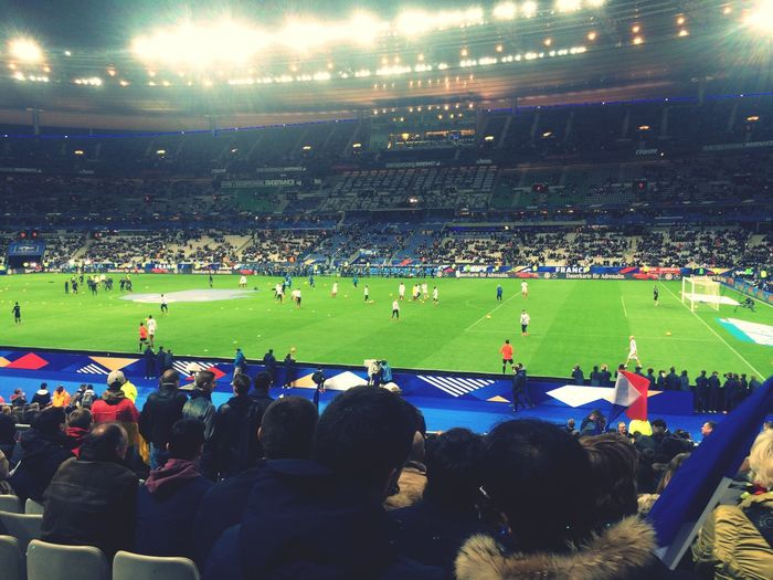 A night that should have Been so beautiful .... Wasted by some terrorist that have no ideologie, no religion and no god, execept death... I rather kept the the memories of the game, and it's beautiful emotion than the suffer and pain that I've seen in the eyes of people that night Prayforparis all my condelance to the family of the victim...🇫🇷